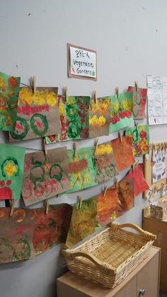 Garden Unit Vegetable Stamping – for the letter V - Modern Preschool Food, Preschool Garden, Fall Preschool, Preschool Projects, Preschool Letters, Preschool Classroom, Preschool Activities, Crafts For Kids, Kindergarten