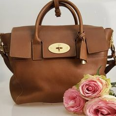 A piece of art! This Mulberry Cara Delevingne Bag - Oak Natural Leather is just amazing http://www.starbags.eu/