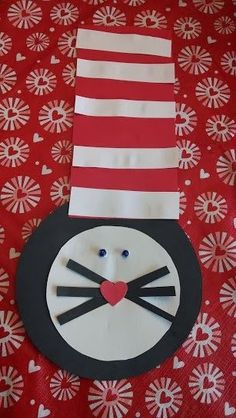 Cat in the Hat craft for toddlers.  Seuss craft.  Simple toddler activity.