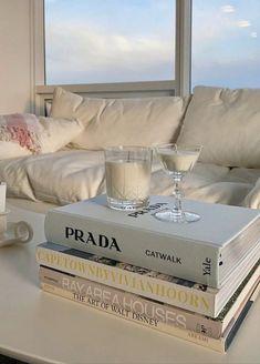 Room Ideas Bedroom, Bedroom Inspo, Bedroom Decor, Dream Apartment, Aesthetic Room Decor, White Aesthetic, My New Room, Room Inspiration, Interior Design
