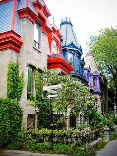 Carré St-Louis - Montréal, Québec...