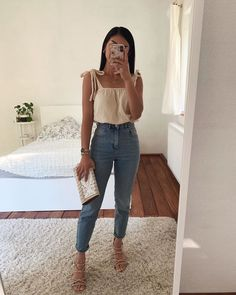 Idée de tenue - Outfit Ideas - Clothes - Welcome to our website, We hope you are satisfied with the content we offer. Cute Casual Outfits, Girly Outfits, Cute Summer Outfits, Stylish Outfits, Spring Outfits, Teen Fashion Outfits, Cute Fashion, Fashion Tips, Mode Instagram