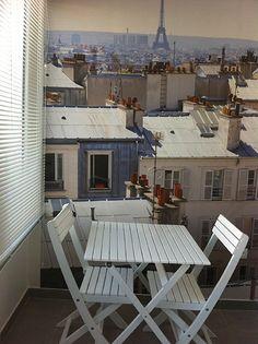 """Papier peint """"Ohmywall"""" : une vue sur les toits de Paris façon trompe l'oeil"""
