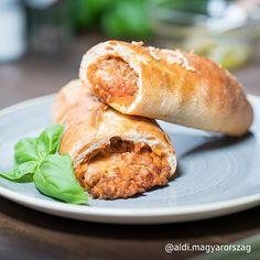 Kövess minket az Instagramon is. @aldi.magyarorszag Salmon Burgers, Baguette, Bread, Ethnic Recipes, Food, Lasagna, Brot, Essen, Baking