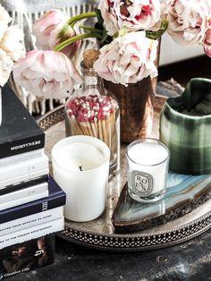 Bücherstapel, Kissen oder Kakteen: 14 inspirierende Ideen für einen Singlehaushalt.