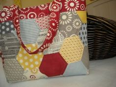 hexagon bag published in the August 2011 American Patchwork & Quilting