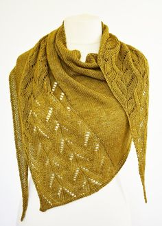 Dancing on the edge Shawl Knitting pattern by Helen Kennedy