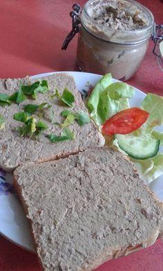 This no all / Disznóól - KonyhaMalacka disznóságai: Házi májkrém Hungarian Cuisine, Hungarian Recipes, Charcuterie, Sauce, Tasty Dishes, Avocado Toast, Main Dishes, Healthy Living, Food And Drink