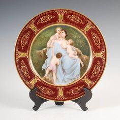 Prato em porcelana Austriaca de Vienna, 27cm de diametro, assinado, 1,960 USD / 1,750 EUROS / 6,130 REAIS / 12,960 CHINESE YUAN