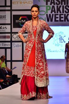 Bunto Kazmi, love the top - less kaam, slightly different collar and I would wear it EVERYWHERE