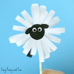 We made a lion a while ago and next in line was this adorable paper sheep craft / puppet. These paper puppets are fun for dramatic play (In like a lion, out like a lamb, anyone?) *this post contains affiliate links* These paper crafts can easily double up as puppets for dramatic play so they …
