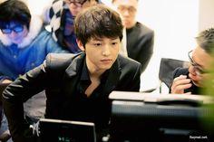 Song Joong Ki: Samsung Galaxy BTS.