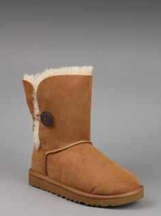 UGG® Australia Women Bailey Button in Chestnut Ugg Australia, TOMS Shoes, Lacoste Shoes, Clothing - Free Shipping Fashion Womens Ugg Australia