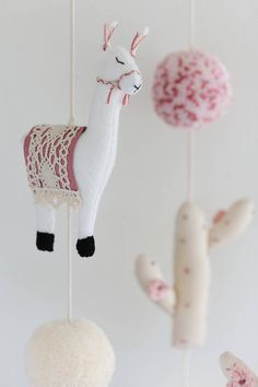 Alpacas, Diy And Crafts, Crafts For Kids, Arts And Crafts, Cactus, Sewing Projects, Projects To Try, Llama Gifts, Llama Birthday