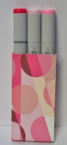 Copic Sketch pen holder  http://thecuttingcafe.typepad.com/the_cutting_cafe/2012/07/copic-boxtemplate-cutting-file.html