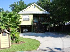 House vacation rental in Orange Beach 5 min drive to beach;$1000/5 nights