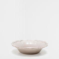 レリーフ陶器深皿
