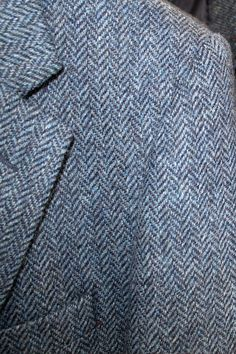 The herringbone pattern dates all the way back to the Roman Empire where it was found in jewellery worn by the elite! Now one of the most instantly recognizable patterns in tweed #donegaltweed #herringbone #weaving #historyofweaving #historyoftweed #tweed #wool #ireland #irishweaving #ardara #donegal Tweed Coat, Tweed Jacket, Irish Hat, Fifth Generation, Irish Traditions, Tweed Fabric, Flat Cap, Donegal, Herringbone Pattern