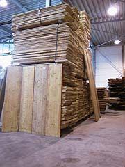 JAN VAN IJKEN OUDE BOUWMATERIALEN B.V. EEMNES - houtdelen,vuren,teak,kaasplanken,grenen,vloerhout