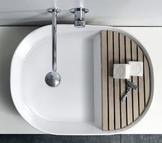 This is what the wash basins look like in my dreams