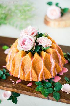 Cupcakes a diario: Tequila & Lemon bundt cake, la primera de mis tartas de cumpleaños