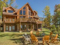 Cherokee Lodge is the place for groups of up to 24 people. The cabin is centrally located, offering a quick 15 - 20 minute drive to all the attractions of downtown Gatlinburg, and a 20 - 25 minute drive to the attractions ...