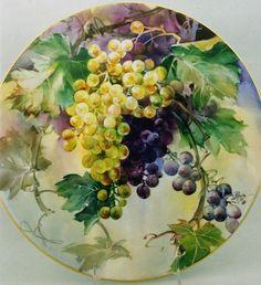 Kari unn payne Grape Painting, Fruit Painting, China Painting, Antique Plates, China Porcelain, Painted Porcelain, Painted Plates, Fruit Art, Watercolor Animals