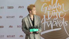 [ENG SUB] Kim Jaejoong on Red Carpet of 31st Golden Disc Awards