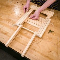 Saturday Morning Workshop: How To Build A Folding Stool - Woodworking projects - Banana epoxy Woodworking Shows, Woodworking Equipment, Woodworking Desk, Woodworking Projects Diy, Woodworking Classes, Youtube Woodworking, Woodworking Patterns, Woodworking Machinery, Woodworking Workshop