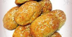 Mini feta cheese pies made with yogurt Greek Cooking, Cooking Time, Cooking Recipes, All U Can Eat, Greek Appetizers, Savoury Baking, Happy Foods, Greek Recipes, Different Recipes