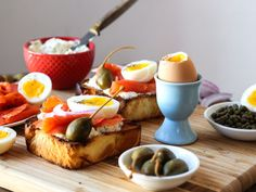 Elevate Your Breakfast: Easy Soft Boiled Eggs