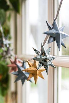 Minimal Christmas, Natural Christmas, Noel Christmas, Simple Christmas, Christmas Crafts, Christmas Countdown, Christmas Ornaments, Christmas Makeup, Christmas Nails