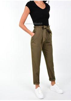 Pantalon kaki taille haute avec ceinture à nouer
