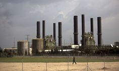صحيفة تزعم : قطر أبلغت حماس أنها لن تحول مزيدا من الأموال لشراء الوقود
