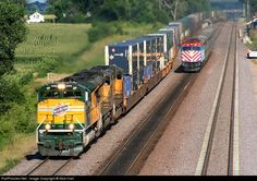 RailPictures.Net Photo: UP 1995 Union Pacific EMD SD70ACe at La Fox, Illinois by Nick Hart