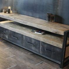 Buffet bois brut style industriel sur mesure