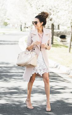 3 Ways to Wear a Lace Skirt