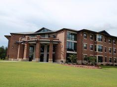 Bobcat Villas State College, College Campus, Better Life, Villas, Georgia, Mansions, House Styles, Luxury Houses, Villa