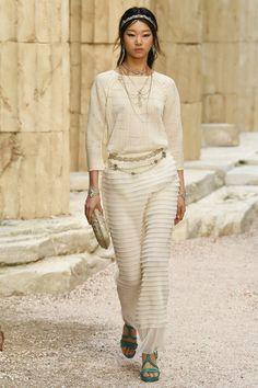 Chanel Resort 2018 Ancient Greece collection