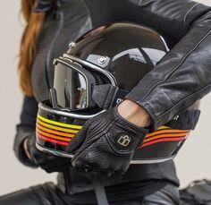 scrambler081: http://rocket-garage.blogspot.it/2014/11/biltwell-gringo-helmet.html