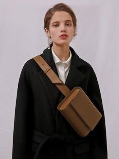 Buy Bags For The Whole Family online Fashion Bags, Fashion Accessories, Womens Fashion, Fashion Trends, Brown Leather Purses, Leather Handbags, Soft Leather, Waist Purse, Cowhide Bag