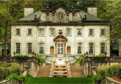 any southern girl dreams of living in the swan house in atlanta!
