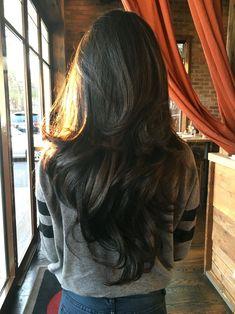 Long Dark Chocolate-Brown Wavy Hair with Layers. - g-hair Brown Wavy Hair, Long Wavy Hair, Long Hair Cuts, Black Hair, Layerd Hair, V Cut Hair, Short Cuts, Hairstyles Haircuts, Straight Hairstyles