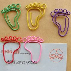 Cute Foot Shaped Paper Clips Paperclips Bookmark Baby Shower Favor Wedding Party Gifts 12-Pack
