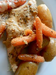Italian Slow Cooker Chicken. a million times better than anything at olive garden!