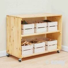 REAL WOOD STORE AND CRATES
