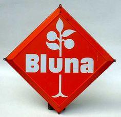 Bluna Blechschild, stark herausgeprägt, 44 x 44 Kantenlänge, 50er Jahre Verkauf: alte Werbung und Reklameobjekte Emailleschilder Blechschilder Emailschilder Werbeschilder