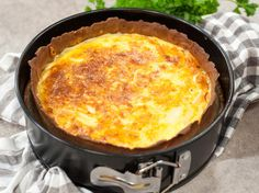 Glutenfri lökpaj Scones, Cornbread, Macaroni And Cheese, Ethnic Recipes, Food, Frases, Millet Bread, Mac And Cheese, Essen