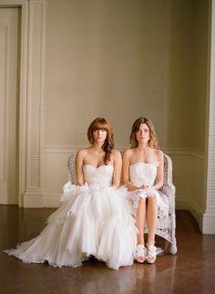 Lesbian wedding inspiration: some Pinterst-perfect pictures. Lesbian Wedding Photos, Lesbian Wedding Photography, Lgbt Wedding, Wedding Images, Wedding Gowns, Lesbian Couples, Wedding Events, Wedding Ceremony, Perfect Wedding