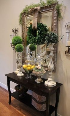 41 Entry Table Ideas to Liven up Your House in Details Savvy Seasons by Liz: Spring In My Step…. I love this grouping. How sweet in the dining room or entry wall. Wood Home Decor, Entryway Decor, Foyer Table Decor, Wall Decor, Entryway Ideas, Diy Table, Entry Tables, Sofa Tables, Console Tables